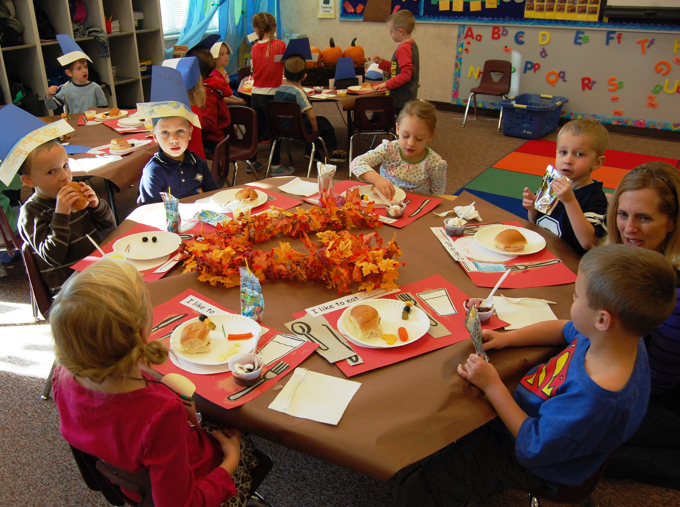 Kindergarten celebrates thanksgiving east meadows